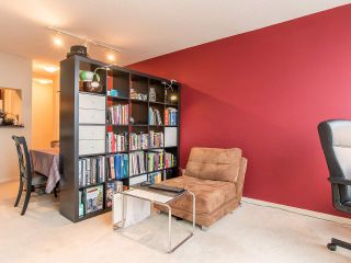 """Photo 5: 2410 3663 CROWLEY Drive in Vancouver: Collingwood VE Condo for sale in """"LATITUTDE"""" (Vancouver East)  : MLS®# R2140003"""