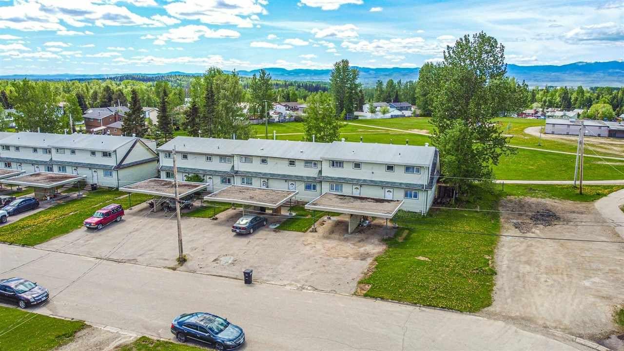 Main Photo: 1, 3, 9, 11 KERRY Crescent in Mackenzie: Mackenzie -Town Multi-Family Commercial for sale (Mackenzie (Zone 69))  : MLS®# C8038863
