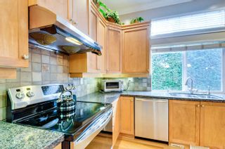 """Photo 6: 15588 33 Avenue in Surrey: Morgan Creek House for sale in """"Rosemary Heights"""" (South Surrey White Rock)  : MLS®# R2132554"""