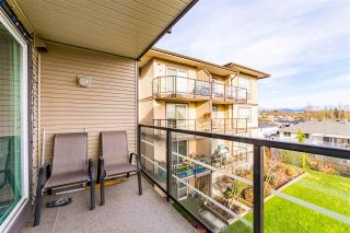 """Photo 4: 317 30525 CARDINAL Avenue in Abbotsford: Abbotsford West Condo for sale in """"Tamarind"""" : MLS®# R2520530"""