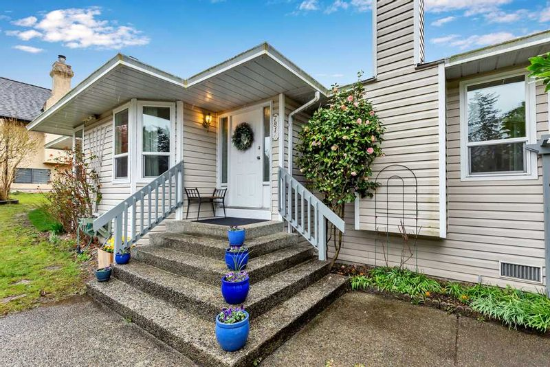 FEATURED LISTING: 7814 167A Street Surrey