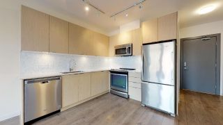 """Photo 2: 407 1150 BAILEY Street in Squamish: Downtown SQ Condo for sale in """"ParkHouse"""" : MLS®# R2432930"""