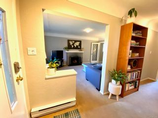 Photo 2: 420 Richmond Ave in : Vi Fairfield East House for sale (Victoria)  : MLS®# 874416