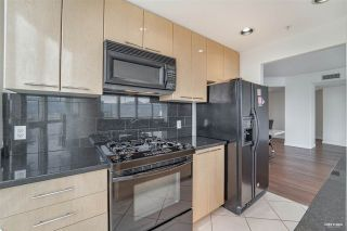 "Photo 21: 3501 1111 W PENDER Street in Vancouver: Coal Harbour Condo for sale in ""THE VANTAGE"" (Vancouver West)  : MLS®# R2544257"
