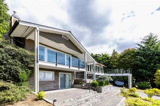 Photo 2: 4345 WOODCREST ROAD in West Vancouver: Cypress Park Estates House for sale : MLS®# R2612056