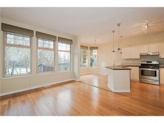 """Photo 3: 15 8868 16TH Avenue in Burnaby: The Crest Townhouse for sale in """"CRESCENT HEIGHTS"""" (Burnaby East)  : MLS®# V984178"""