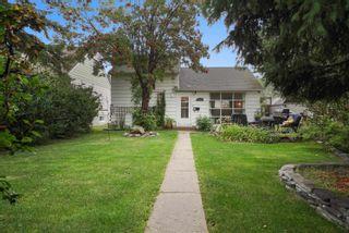 Photo 2: 11535 ST ALBERT Trail in Edmonton: Zone 07 House for sale : MLS®# E4261944