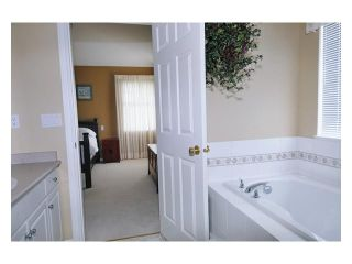 """Photo 7: 24 11358 COTTONWOOD Drive in Maple Ridge: Cottonwood MR Townhouse for sale in """"CARRIAGE LANE"""" : MLS®# V820880"""