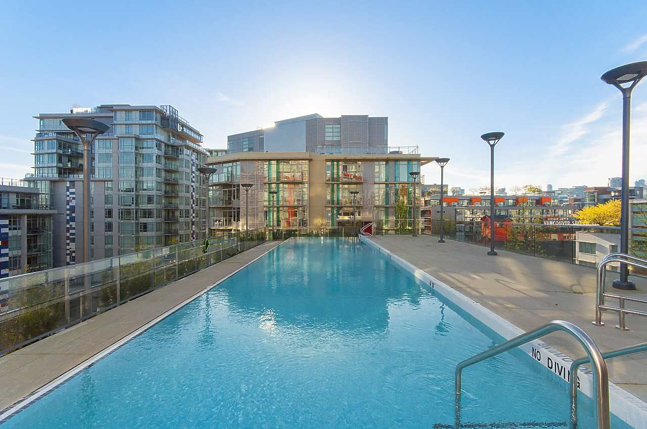 """Photo 16: Photos: 1101 88 W 1ST Avenue in Vancouver: False Creek Condo for sale in """"THE ONE"""" (Vancouver West)  : MLS®# R2234746"""