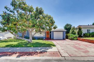 Photo 2: SAN DIEGO House for sale : 3 bedrooms : 3927 Loma Alta