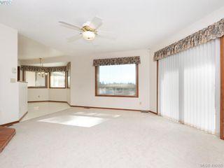 Photo 5: 1788 Fairfax Pl in NORTH SAANICH: NS Dean Park House for sale (North Saanich)  : MLS®# 807052