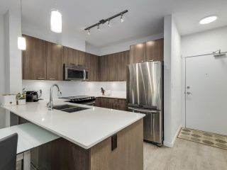 """Photo 7: 305 617 SMITH Avenue in Coquitlam: Coquitlam West Condo for sale in """"The Easton"""" : MLS®# R2599277"""