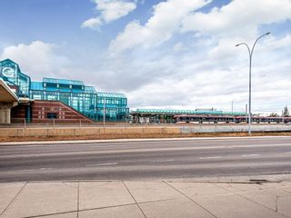 Photo 18: 2732 Brentwood Boulevard NW in Calgary: Brentwood Multi Family for sale : MLS®# C4287929