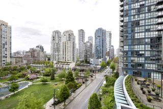 "Photo 13: 705 1155 SEYMOUR Street in Vancouver: Downtown VW Condo for sale in ""BRAVA NORTH"" (Vancouver West)  : MLS®# R2453073"