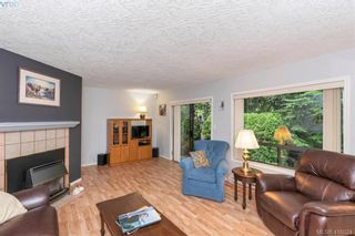 Photo 5: 13 639 Kildew Rd in VICTORIA: Co Hatley Park Row/Townhouse for sale (Colwood)  : MLS®# 825262