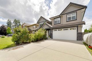 Photo 3: 2955 264A Street: House for sale in Langley: MLS®# R2593290