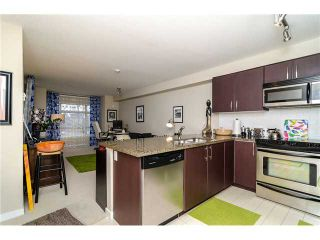 Photo 2: 205 7339 MACPHERSON Avenue in Burnaby: Metrotown Condo for sale (Burnaby South)  : MLS®# V1041731