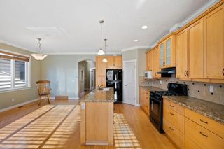 Photo 8: 429 19 Avenue NE in Calgary: Winston Heights/Mountview Semi Detached for sale : MLS®# A1063188