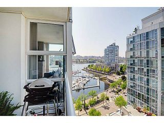 Photo 10: # 1105 1077 MARINASIDE CR in Vancouver: Yaletown Condo for sale (Vancouver West)  : MLS®# V1007322