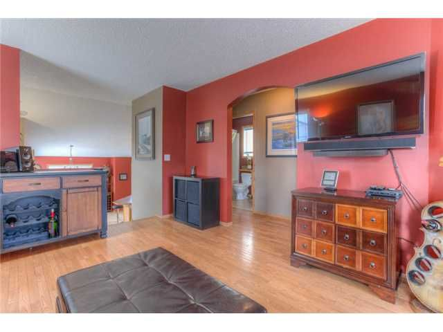 Photo 8: Photos: 168 EVERSYDE Circle SW in CALGARY: Evergreen Residential Detached Single Family for sale (Calgary)  : MLS®# C3620435