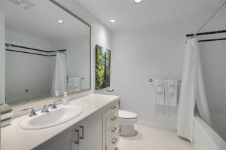 """Photo 18: 210 170 W 1ST Street in North Vancouver: Lower Lonsdale Condo for sale in """"ONE PARK LANE"""" : MLS®# R2535105"""