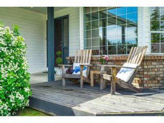 """Photo 5: 16079 11A Avenue in Surrey: King George Corridor House for sale in """"SOUTH MERIDIAN"""" (South Surrey White Rock)  : MLS®# R2578343"""