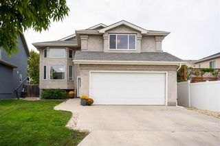 Photo 1: 140 Pauline Boutal Crescent in Winnipeg: Island Lakes Residential for sale (2J)  : MLS®# 202122704