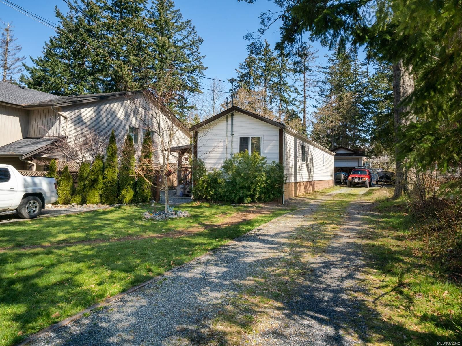 Main Photo: 5244 Sherbourne Dr in : Na Pleasant Valley House for sale (Nanaimo)  : MLS®# 872842