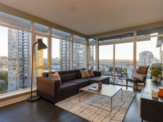"""Photo 2: 1507 1372 SEYMOUR Street in Vancouver: Downtown VW Condo for sale in """"The Mark"""" (Vancouver West)  : MLS®# R2402457"""