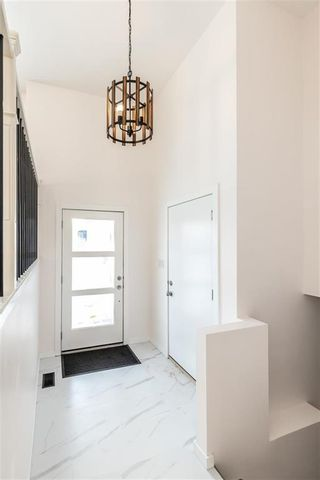 Photo 3: 10 Tallaire Lane in La Broquerie: R16 Residential for sale : MLS®# 202101945