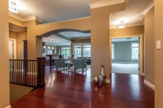 """Photo 2: 3923 COACHSTONE Way in Abbotsford: Abbotsford East House for sale in """"CREEKSTONE ON THE PARK"""" : MLS®# R2418602"""