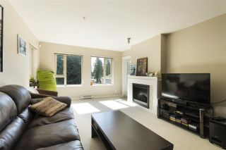 """Photo 7: 302 3105 LINCOLN Avenue in Coquitlam: New Horizons Condo for sale in """"WINDSOR GATE BY POLYGON"""" : MLS®# R2154112"""