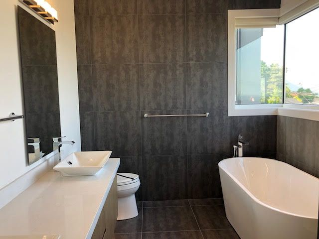 Photo 21: Photos: 14 Ellesmere Road in Burnaby: Capitol Hill House for rent (Burnaby North)