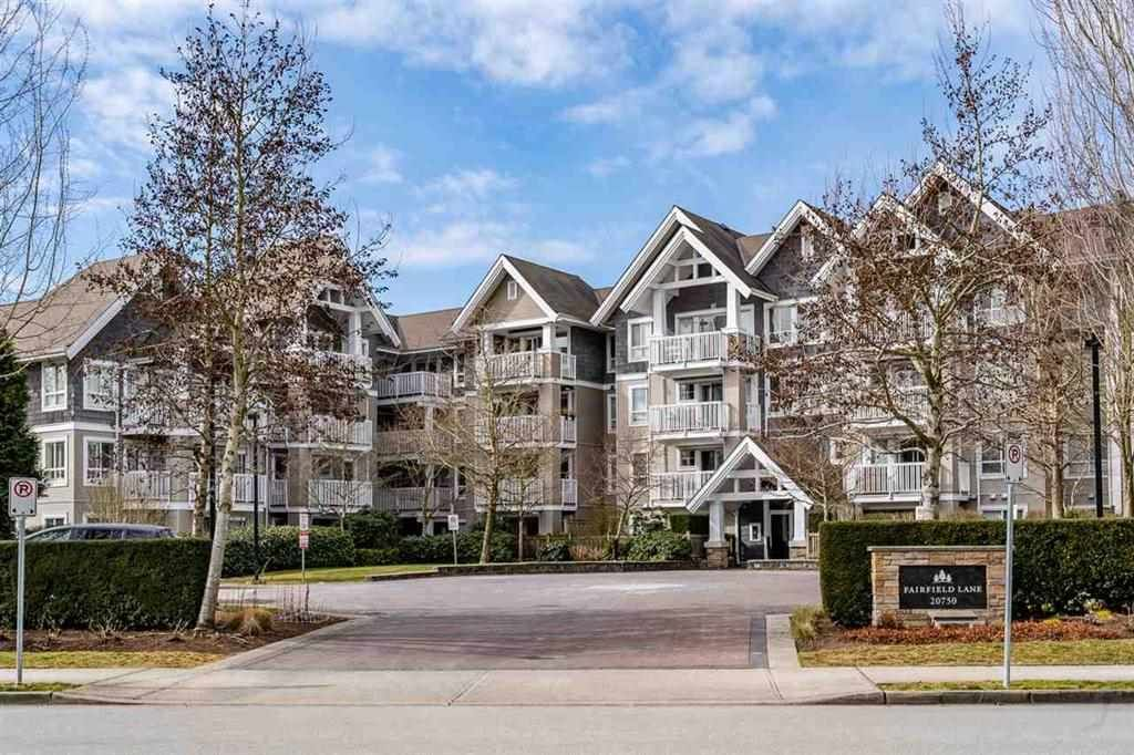 """Main Photo: 403 20750 DUNCAN Way in Langley: Langley City Condo for sale in """"Fairfield Lane"""" : MLS®# R2428188"""