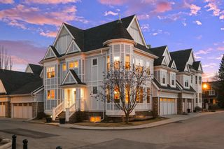 Photo 2: 36 Versailles Gate SW in Calgary: Garrison Woods Row/Townhouse for sale : MLS®# A1098876