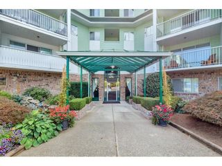 """Photo 2: 218 31850 UNION Avenue in Abbotsford: Abbotsford West Condo for sale in """"FERNWOOD MANOR"""" : MLS®# R2625573"""