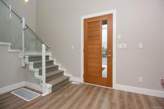 Photo 5: 7950 Lochside Dr in Central Saanich: CS Turgoose Half Duplex for sale : MLS®# 830566