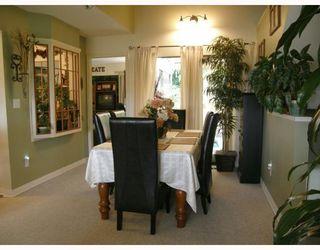 "Photo 3: 209 1220 FALCON Drive in Coquitlam: Upper Eagle Ridge Townhouse for sale in ""EAGLERIDGE TERRACE"" : MLS®# V714209"