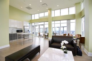 """Photo 13: 1705 4900 LENNOX Lane in Burnaby: Metrotown Condo for sale in """"THE PARK"""" (Burnaby South)  : MLS®# R2352671"""