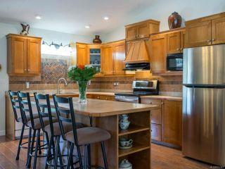 Photo 4: 4725 Cruickshank Pl in COURTENAY: CV Courtenay East House for sale (Comox Valley)  : MLS®# 815347