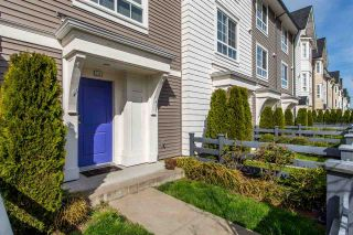 """Photo 2: 14 8438 207A Street in Langley: Willoughby Heights Townhouse for sale in """"YORK BY Mosaic"""" : MLS®# R2494521"""