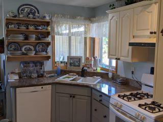 Photo 3: 6048 Shanda Place: Nanaimo House for sale : MLS®# 873182