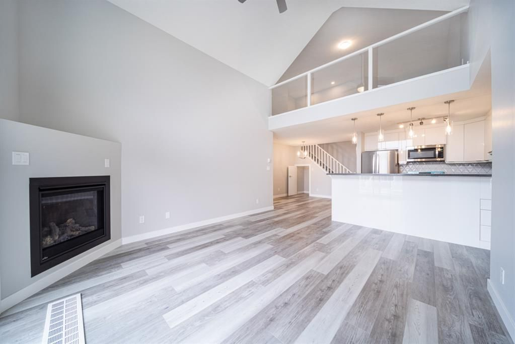 Main Photo: 503 1441 23 Avenue SW in Calgary: Bankview Apartment for sale : MLS®# A1140127
