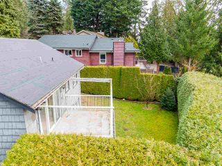 Photo 10: 301 MARINER Way in Coquitlam: Coquitlam East House for sale : MLS®# R2533632