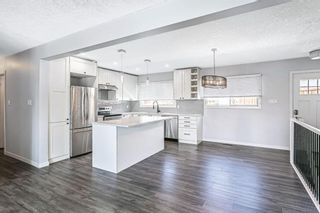 Photo 10: 7203 Fleetwood Drive SE in Calgary: Fairview Detached for sale : MLS®# A1129762
