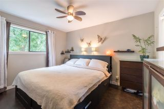 Photo 11: 561 RIVERSIDE DRIVE in North Vancouver: Seymour NV House for sale : MLS®# R2212745