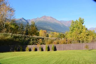 """Photo 5: 4567 ALFRED Crescent in Smithers: Smithers - Town House for sale in """"Wildwood"""" (Smithers And Area (Zone 54))  : MLS®# R2212533"""