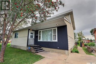 Photo 33: 1309 1st ST E in Prince Albert: House for sale : MLS®# SK869786