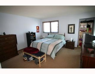 Photo 5: 573 CHALFONT Road in WINNIPEG: Charleswood Residential for sale (South Winnipeg)  : MLS®# 2903027