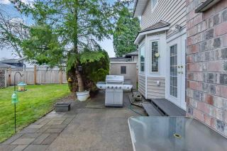Photo 7: 15561 94 Avenue: House for sale in Surrey: MLS®# R2546208